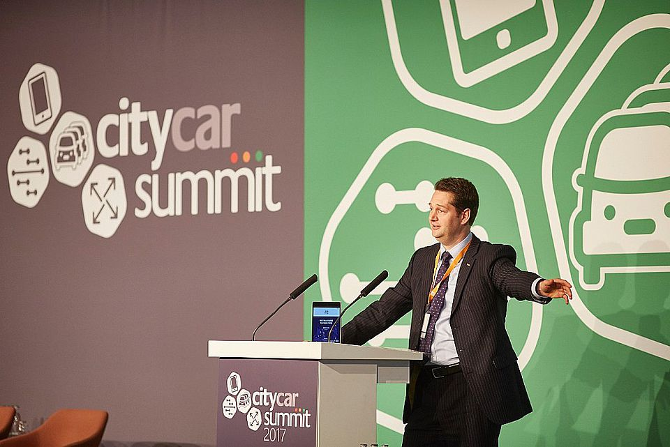 Lukas Neckermann moderated the 'How vehicle automation will power mobility on demand' session